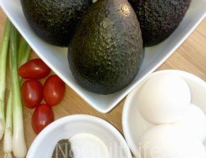 Baked Eggs in Avocados | Recipe for Atkins 40 Followers