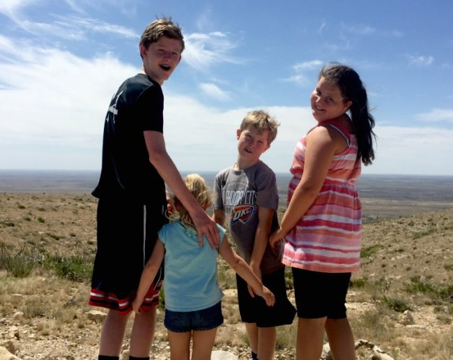 6 tips for road trips with teens and tweens to make your summer travel & vacation smooth!