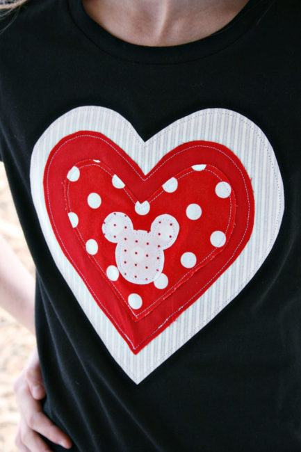 Clever and simple DIY Valentines Day Craft ideas. Simple Disney inspired Mickey heart for V-Day!