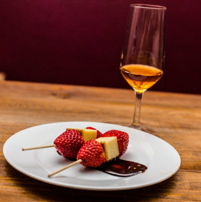 Wine and Chocolate: YES PLEASE. Valentine's Day pairings and recipes