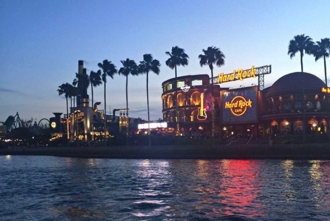 Killer appetizers you don't want to miss! City Walk Appetizers and Universal Orlando in Florida. All the tips you need to start your dining at the parks!