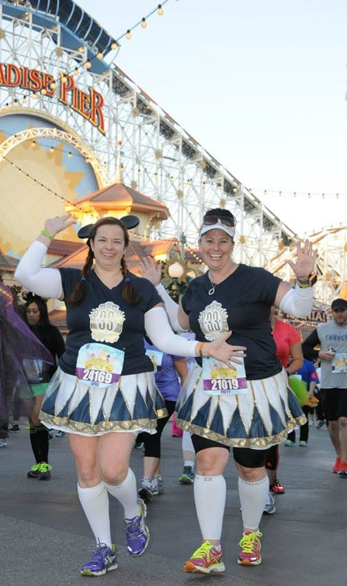 Club 33 plates running costumes