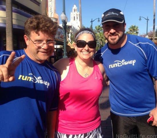 Sean Astin Joey Fatone in Disneyland