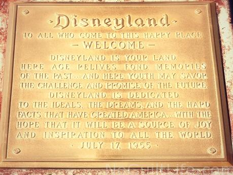 disney plaque dl