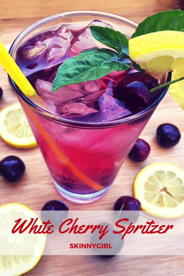 Look here, Skinnygirl bartenders! I've got a recipe for White Cherry Spritzers. This is a Skinnygirl inspired cocktail to celebrate back to school. #whitecherryspritzer #drinkrecipes #backtoschool #skinnydrink #recipes #drinks
