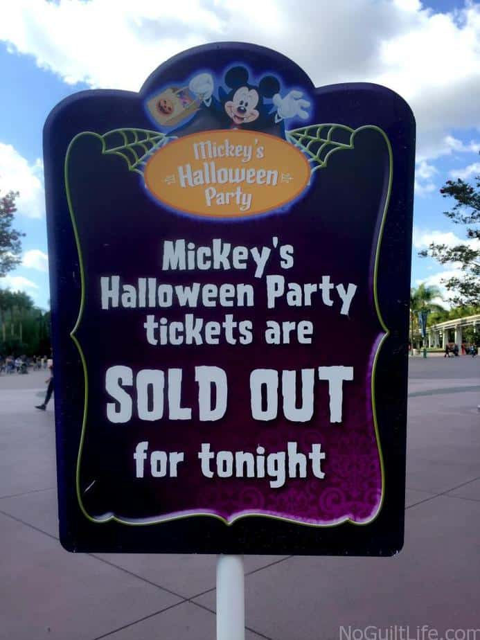 Tips to enjoy Mickey's Halloween Party at Disneyland. Don't be scared to dress your family up in a costume and have a spooky time!