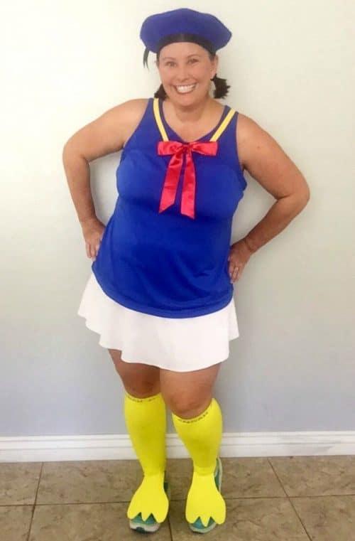 Easy no sew Donald Duck costume hat tutorial. Perfect for any runDisney event! Walt Disney World | Disneyland | Running Costumes | Halloween