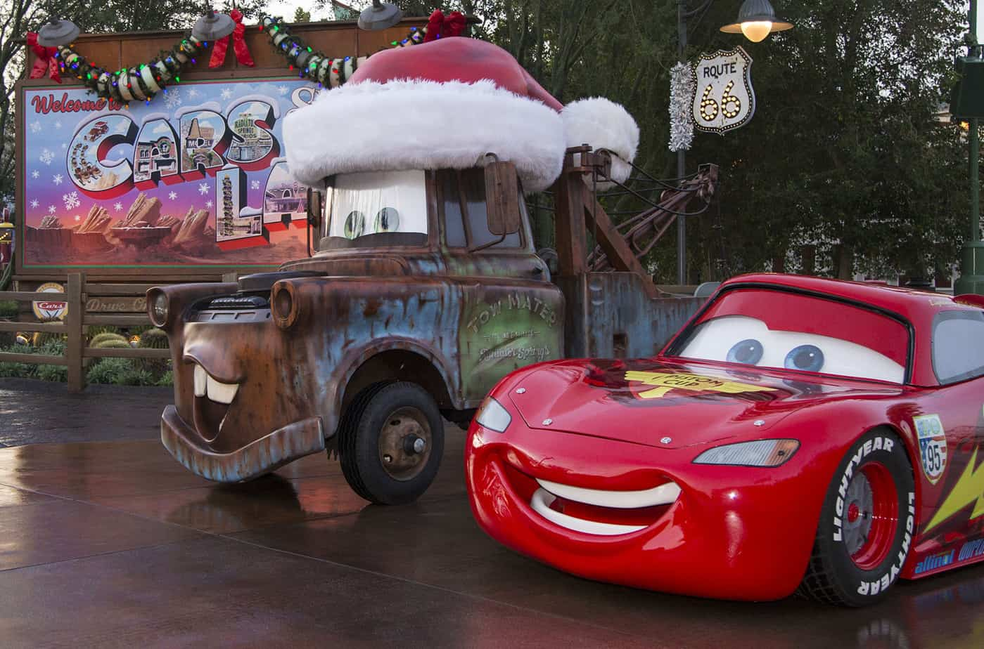 Holidays at the Disneyland Resort. Seasons Speedings at Cars land Christmas!