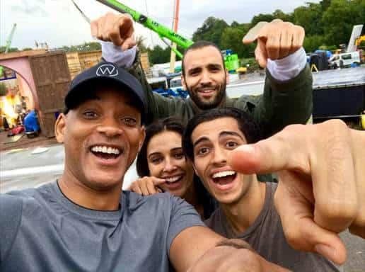 Aladdin cast selfie
