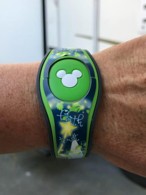 Find the perfect custom magic band covers from My Fantasy Bands. Easy to use, cute as all get out, and perfect for your next Walt Disney World vacation! Magic Band Decals FTW.