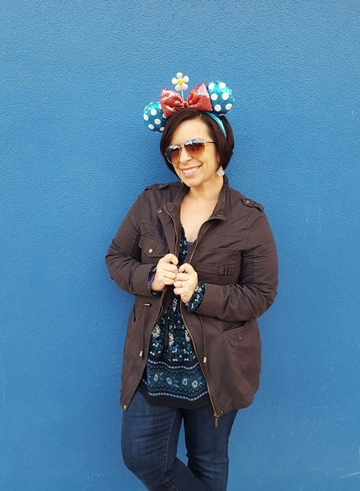 vintage minnie Mouse ears epcot blue wall