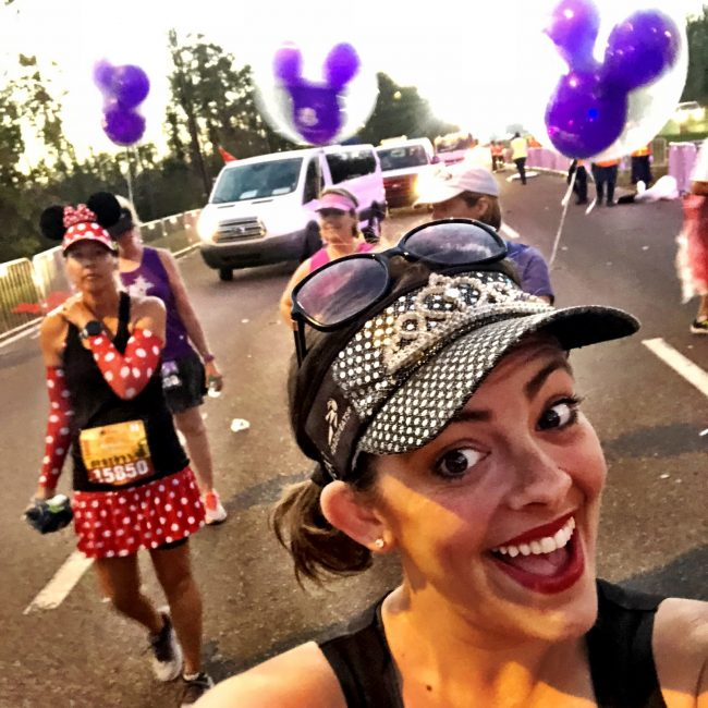princess half marathon runDisney balloon ladies selfie