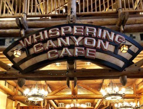 Disney dining at it's best: Whispering Canyon Cafe review! The menu, the meal, the french toast: you want to stop by during your next Disney World trip. #disneydining #whiperingcanyoncafe #whisperingcanyon #disneyworld #waltdisneyworld
