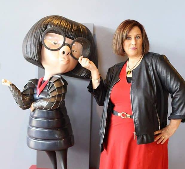 Edna Mode In The Incredibles 2 E Is Back Dahlings