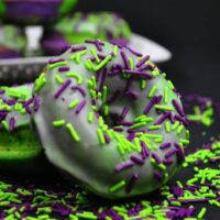 Incredible Hulk Cake Donuts Recipe | Hulk Birthday Party Ideas