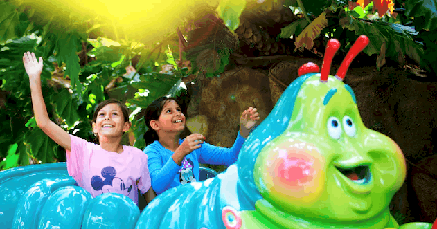 heimlich chew chew train in disneyland