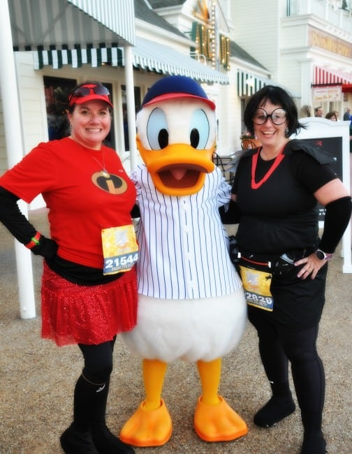 Edna Mode Mrs. Incredible and Donald Duck at the runDisney Princess 10K
