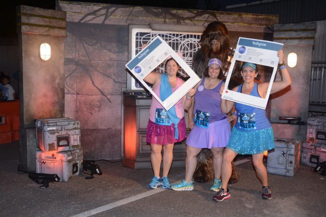 runDisney Star Wars Races runners with chewbacca