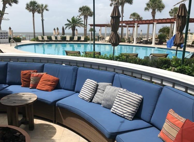 St Simons Island Hotels: King and Prince Resort pool area