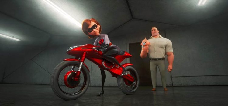 helen parr on the elasticycle motorcycle incredibles 2 movie