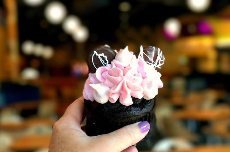 millennial pink cupcake at Disney World Pop Century Food Court