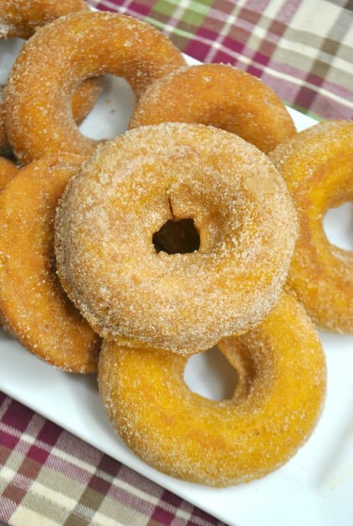 Pumpkin Spice Donut recipe baked donuts on a plate