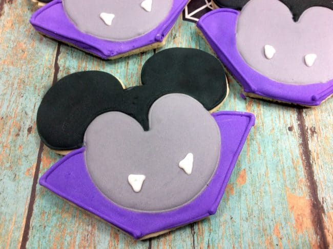Vampire Mickey Mouse cookies finished look.