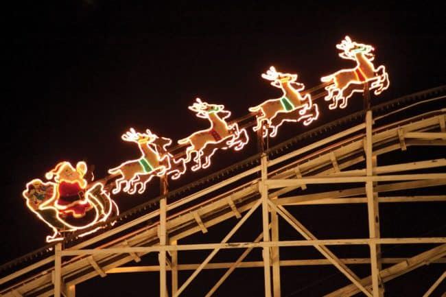christmas reindeer on roller coaster hersheypark