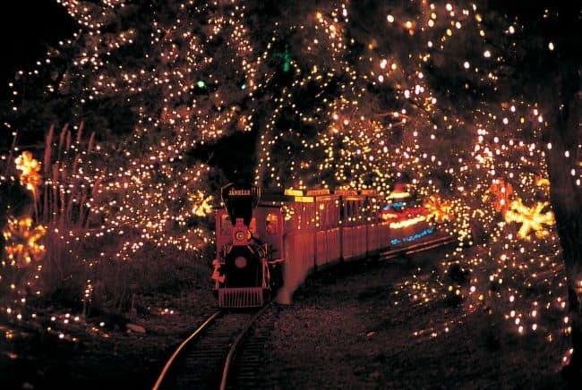 hersheypark train christmas
