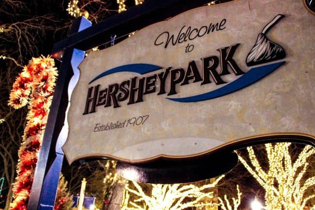 hersheypark sign christmas