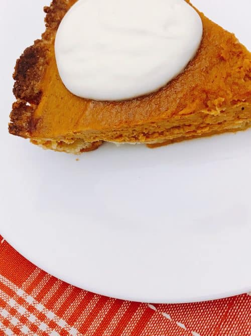 keto recipes: keto pumpkin pie with keto whipped cream