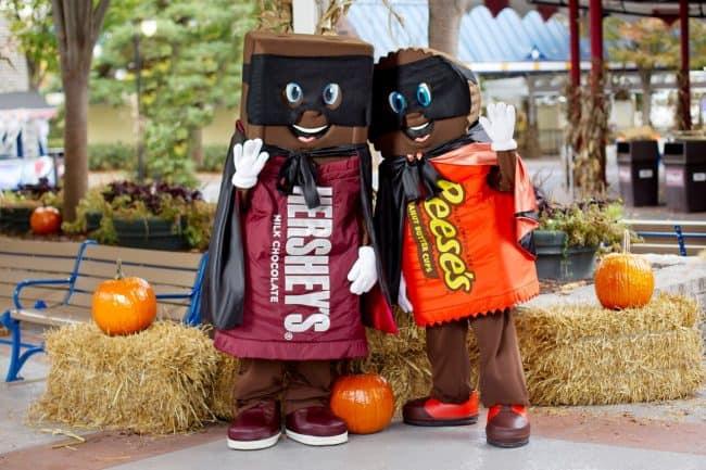 Hersheypark characters in halloween costumes at Hershey Halloween