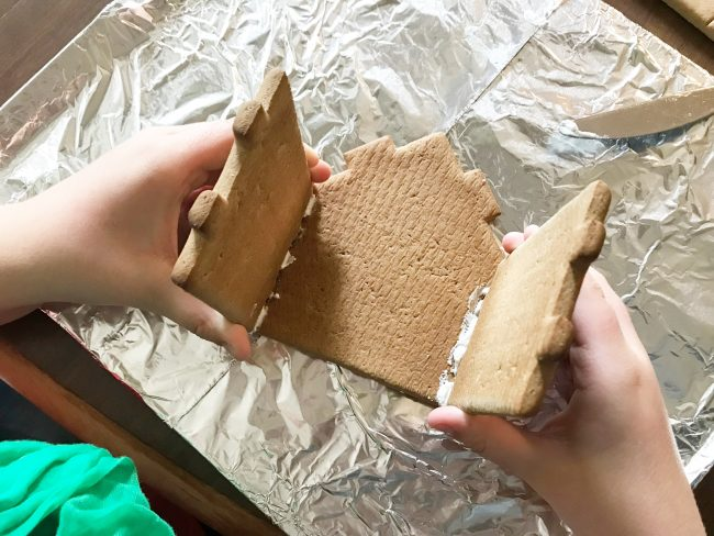 Best Gingerbread House Kit Assembly