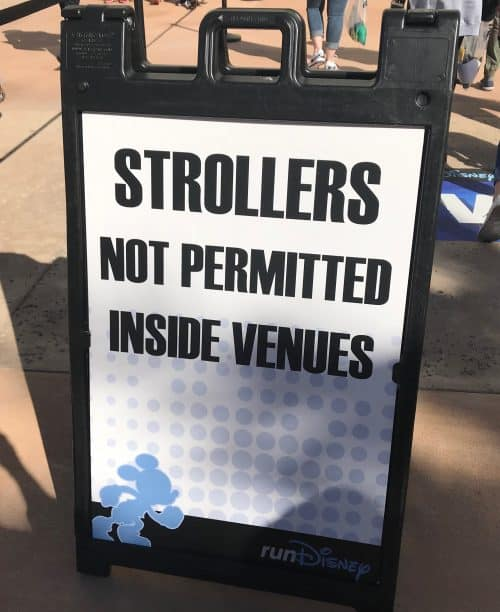 rundisney 101 expo no strollers sign