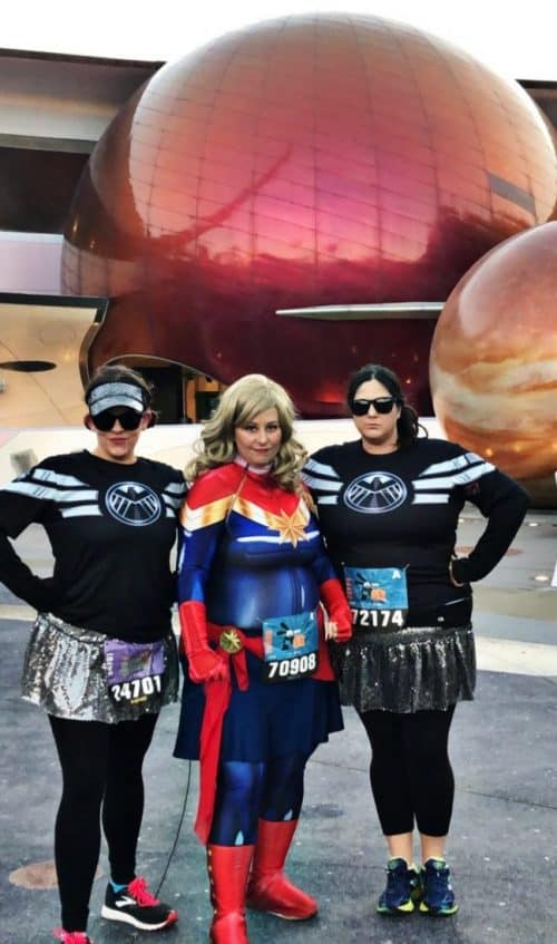 Captain Marvel running costume with Agents of Shield