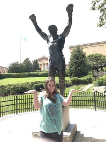 rocky statue on the one day in philadelphia touring plan