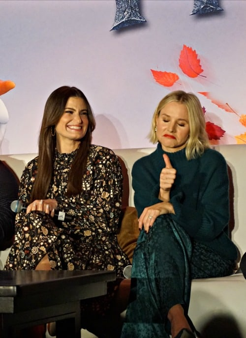 Kristen Bell and Idina Menzel at the Frozen 2 press junket