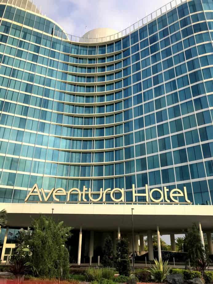 universal orlando annual passholder discounts on hotels like aventura hotel